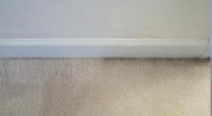 """Z cyklu: """"INNE TYPY ZABRUDZEŃ: problem czarnych brzydkich linii wokół drzwi – zabrudzenie filtracji"""""""